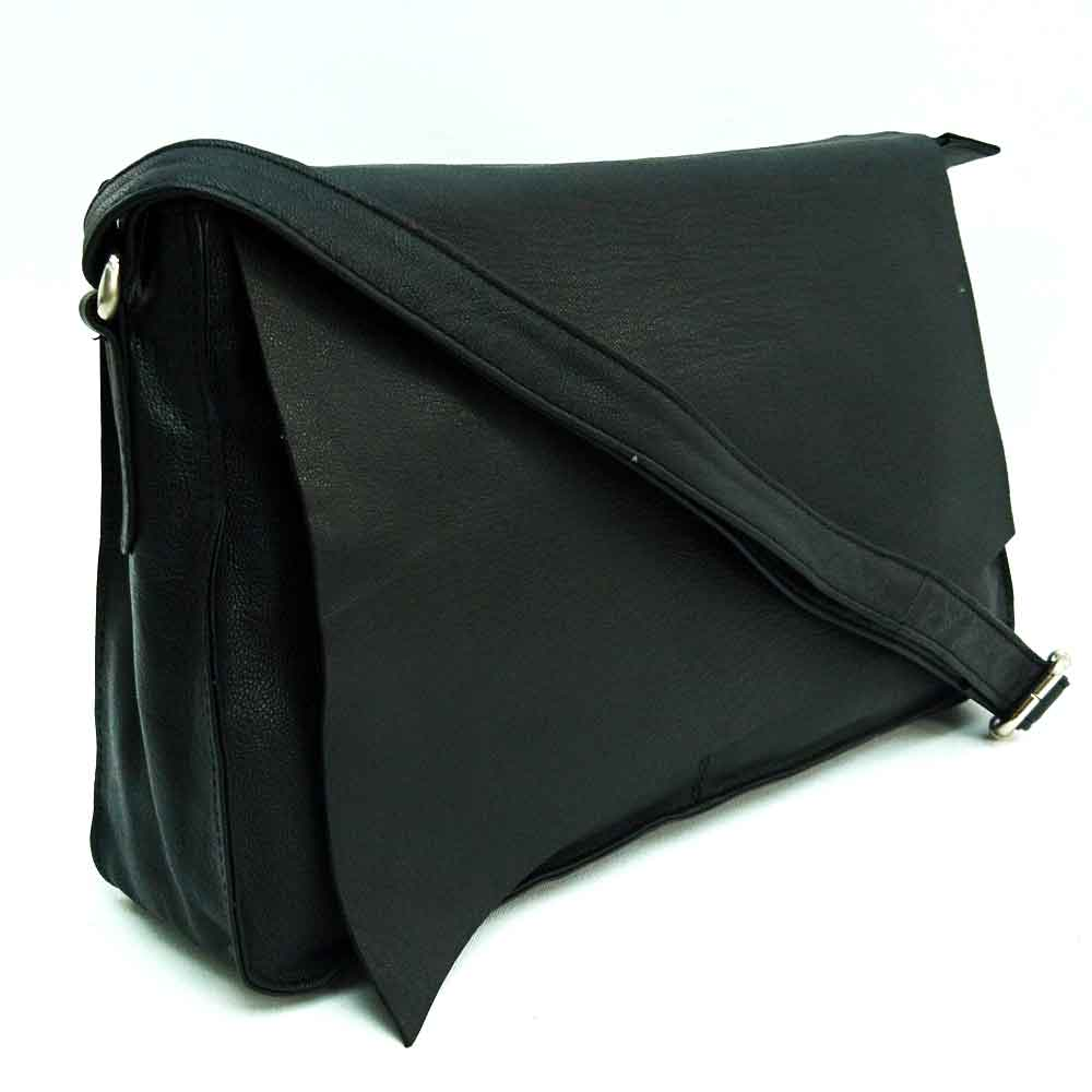 cut-edge-messenger-black