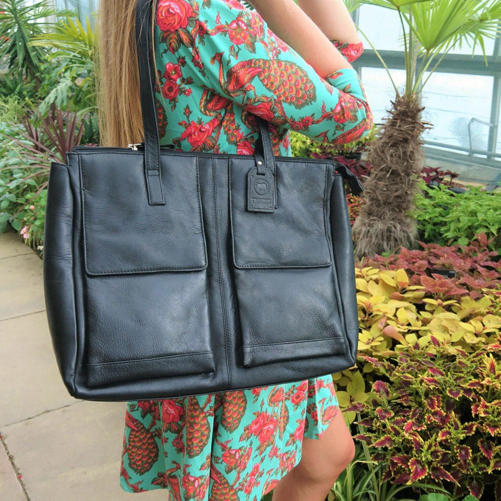 double-front-pocket-leather-bag-black-3