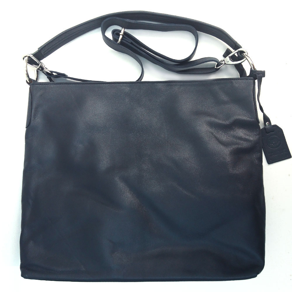 large-single-handed-leather-bag-navy-3