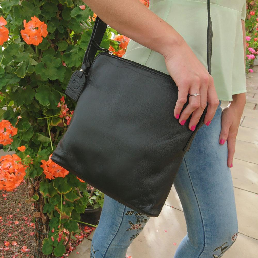 slim-classic-leather-bag-black-5