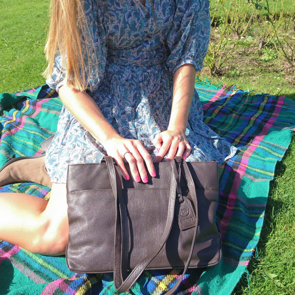 twin-handle-leather-business-bag-brown-4